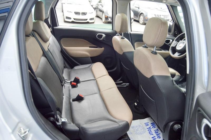 Fiat 500L 2015 price $10,480