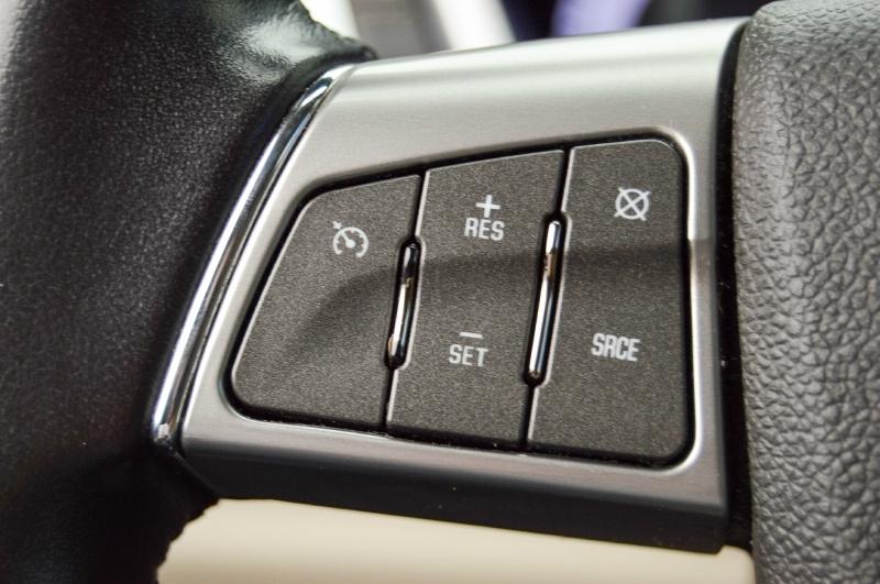 Cadillac SRX 2011 price $10,980