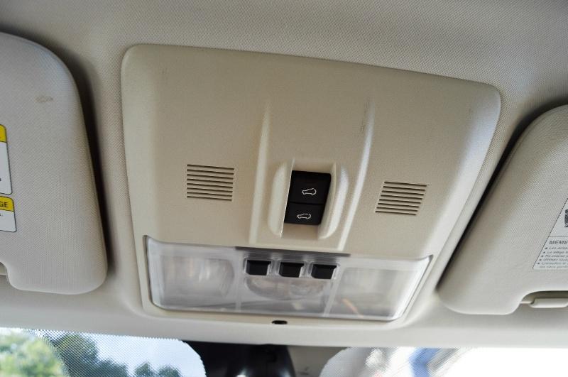 Land Rover Range Rover Sport 2012 price $18,980