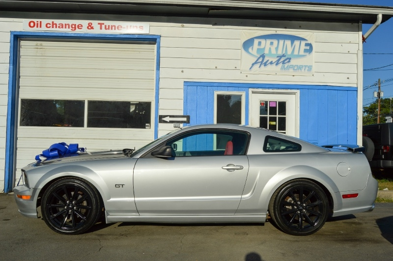Ford Mustang 2005 price $7,480