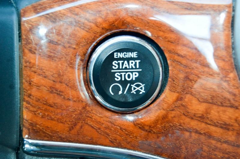 Jeep Grand Cherokee 2013 price $15,480