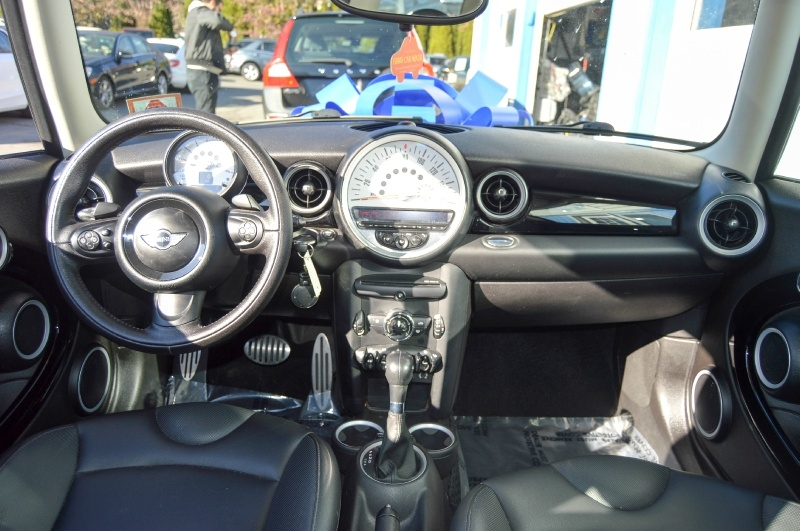 Mini Cooper Clubman 2012 price $7,490