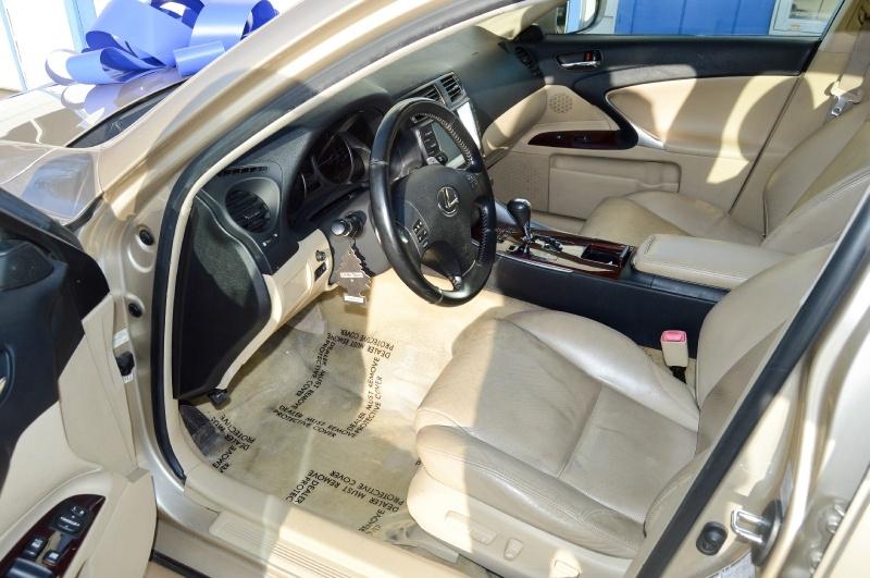Lexus IS 250 2006 price $6,990