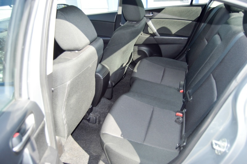 Mazda 3 2012 price $5,990