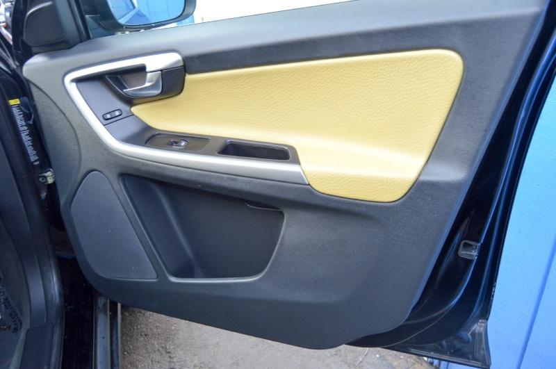 Volvo XC 60 2010 price $6,490