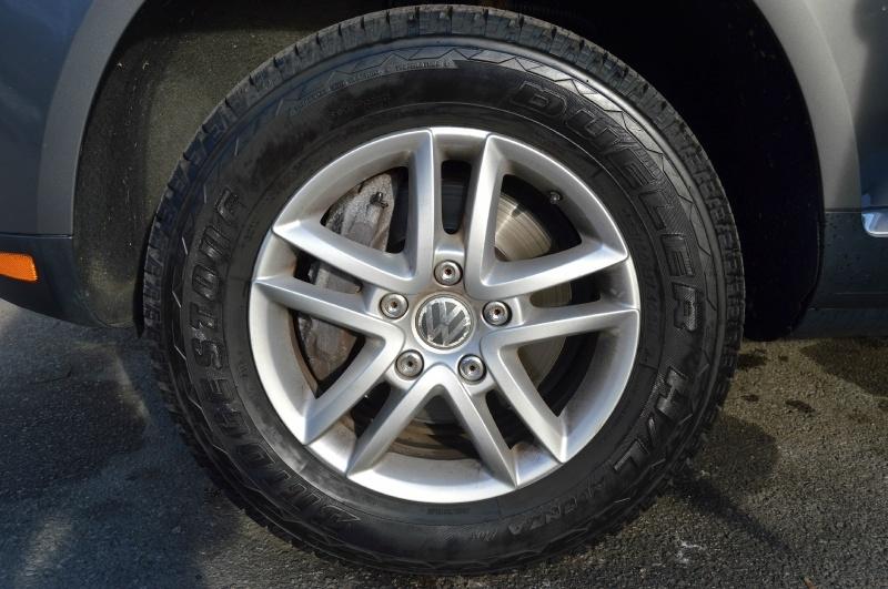 Volkswagen Touareg 2 2009 price $7,990