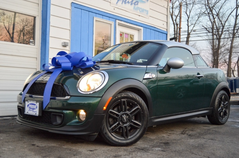 Mini Cooper Coupe 2013 price $10,290