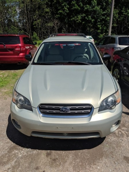 Subaru Legacy Wagon (Natl) 2005 price $4,995