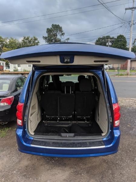 Dodge Grand Caravan 2013 price $6,495
