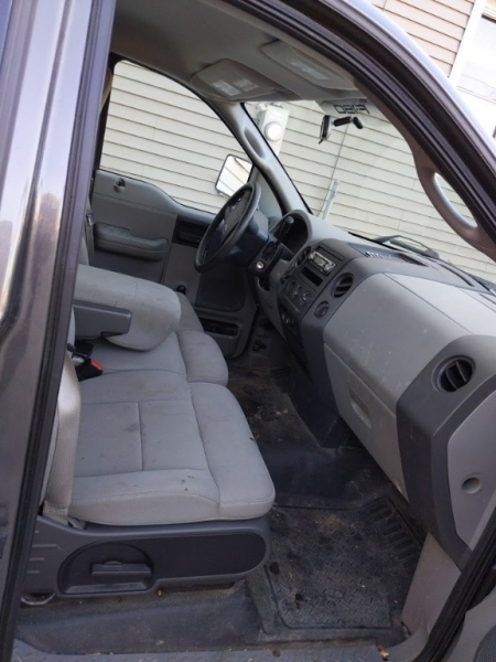 Ford F-150 2005 price $3,995
