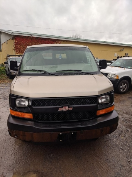 Chevrolet Express Cargo Van 2005 price $5,495