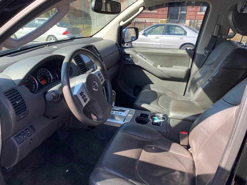 Nissan Pathfinder 2011 price $9,999