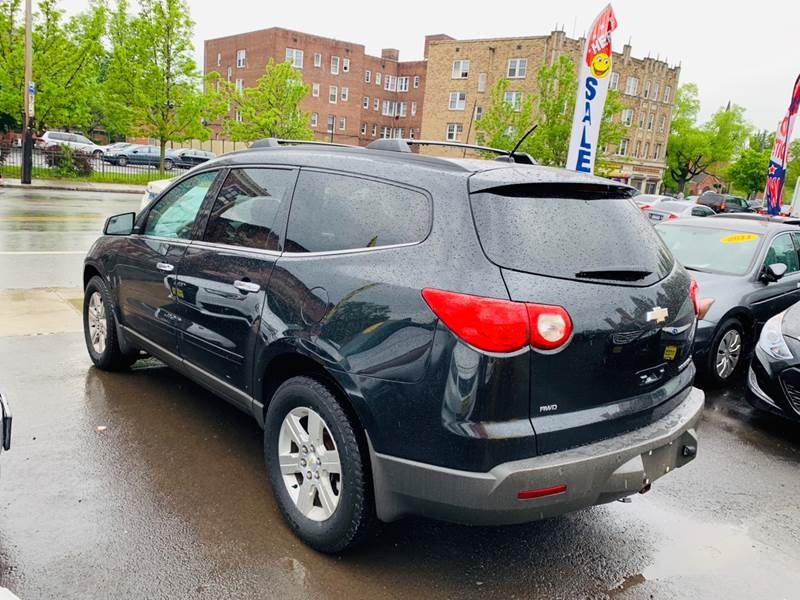 Chevrolet Traverse 2011 price $9,999