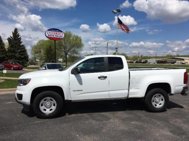 Chevrolet Colorado 2015 price $10,995