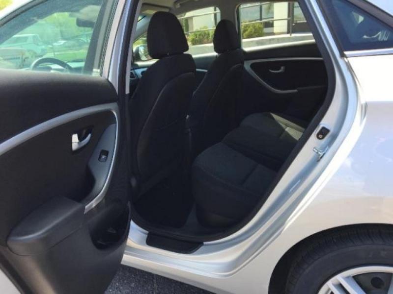 Hyundai Elantra GT 2016 price $10,995
