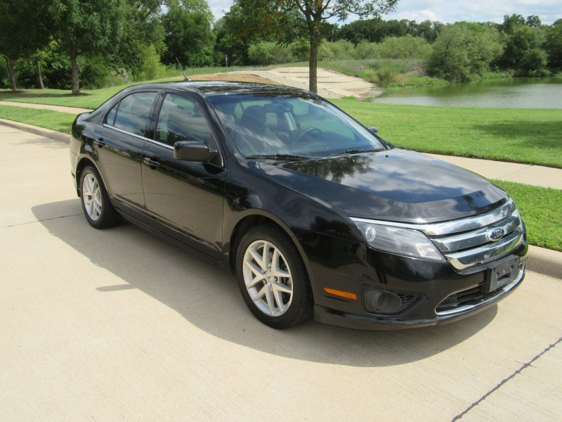 Ford Fusion 2011 price $8,950