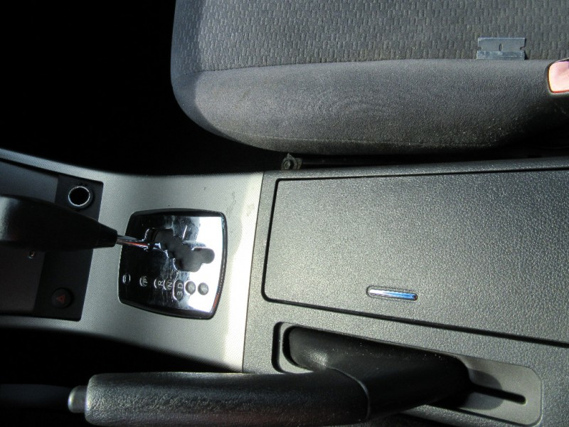 Nissan Altima 2006 price $3,895