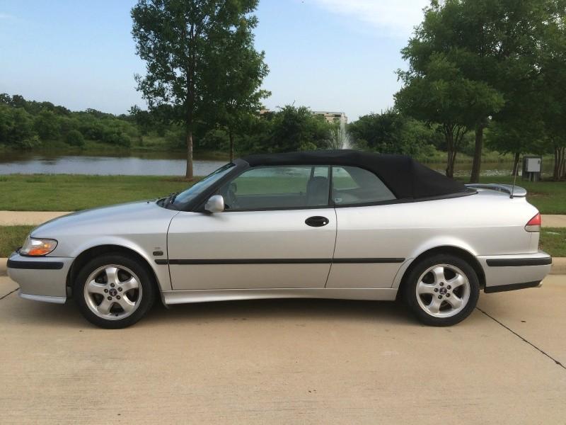 Saab 9-3 2001 price $3,495