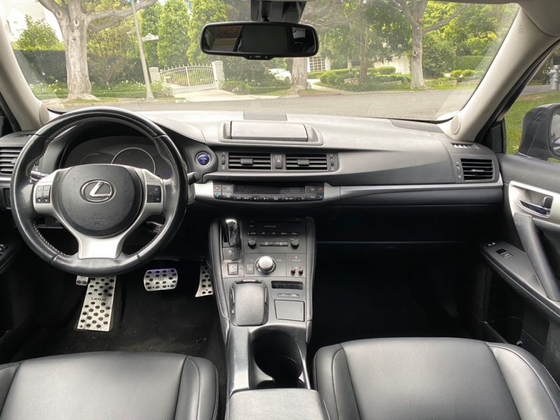 LEXUS CT 2011 price $9,999