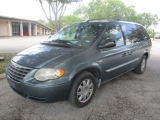 Chrysler Town & Country LWB 2007