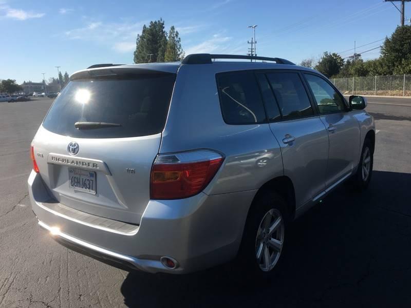 Toyota Highlander 2008 price $7,300