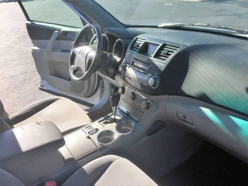 Toyota Highlander 2008 price $7,500