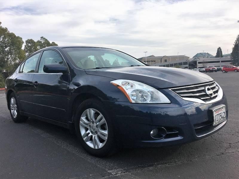 Nissan Altima 2011 price $5,200