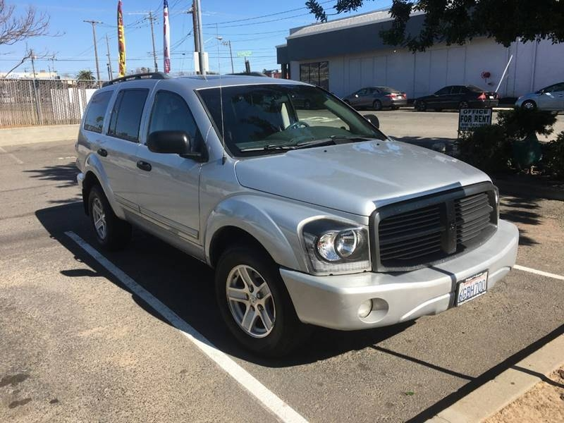 Dodge Durango 2005 price $3,800