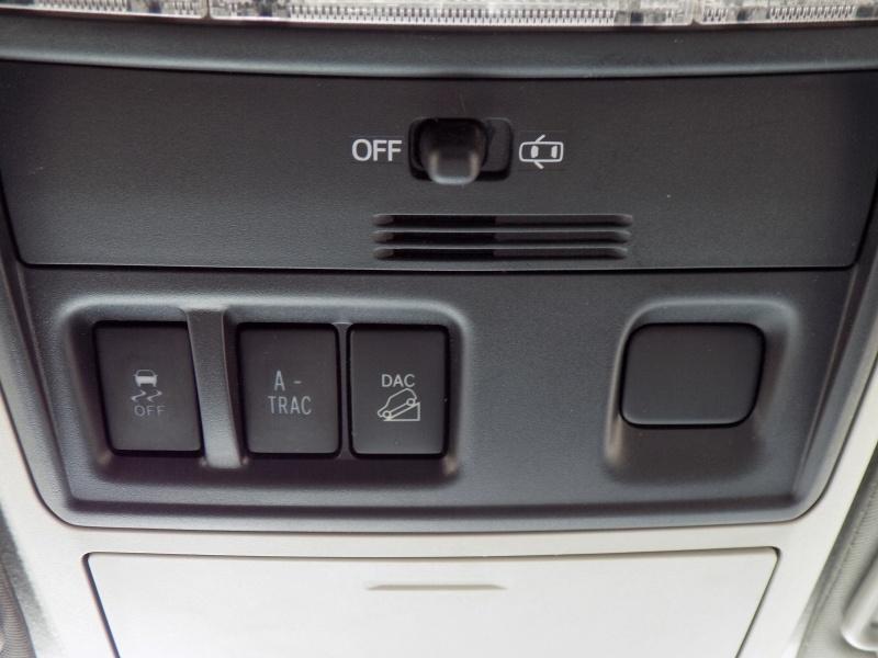 Toyota 4Runner 2015 price $25,950