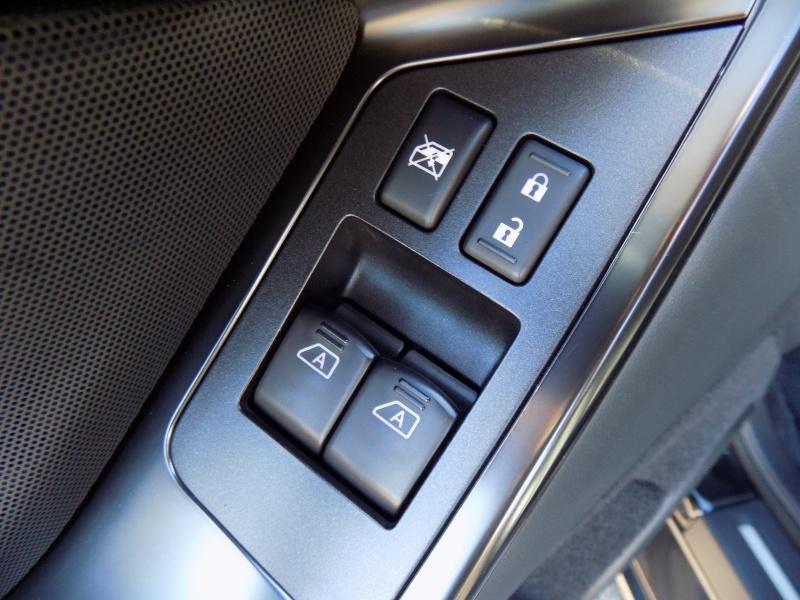 Nissan GT-R 2014 price $70,950