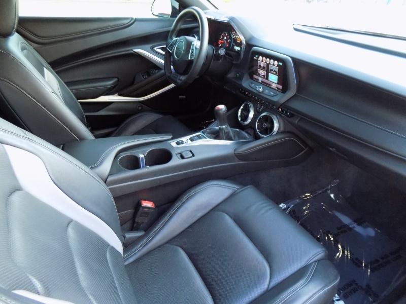 Chevrolet Camaro 2017 price $32,950