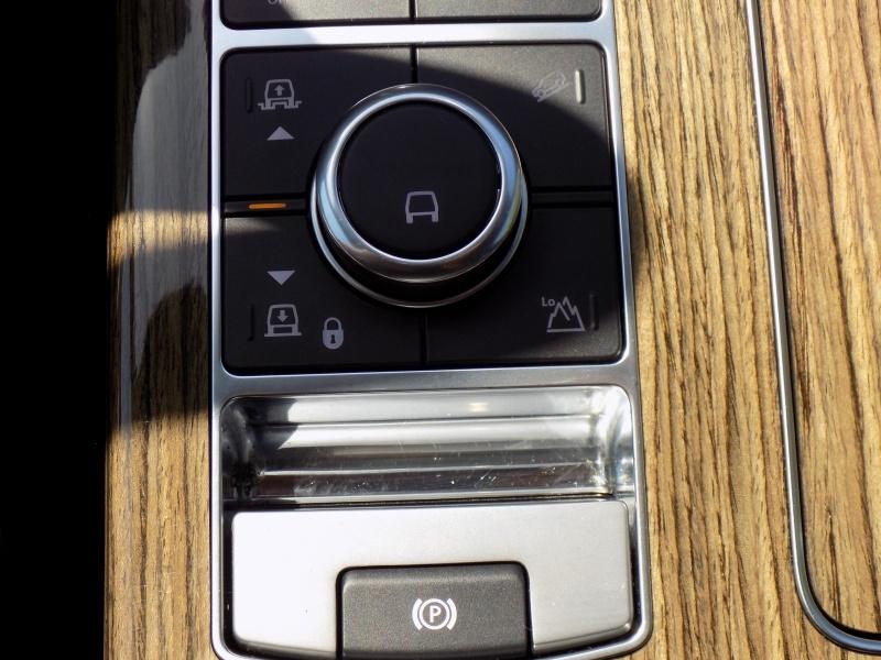 Land Rover Range Rover 2019 price $85,950