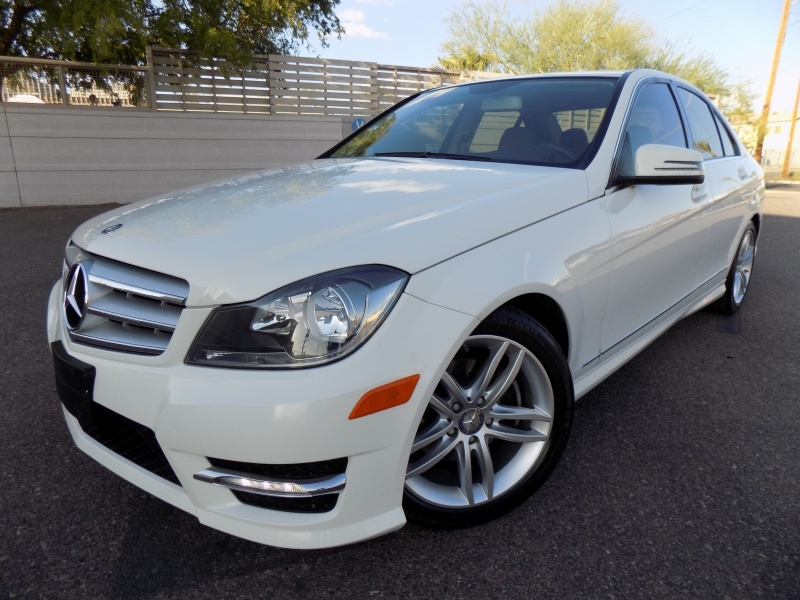 Mercedes-Benz C300 2012 price $15,950
