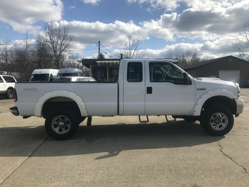 2006 FORD F250 LIFTED 4X4 EXTENDED CAB LONG BED CLEAN w