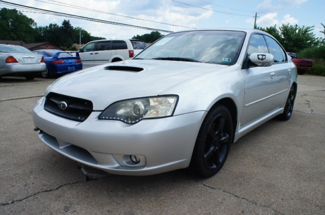 2005 Subaru Legacy 25 Gt Awd 5 Speed Manual Tranny With Only 119k