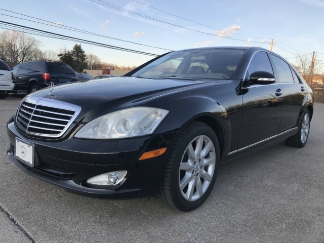 2007 Mercedes-Benz S-Class S550 FULLY LOADED MINT CONDITION NEW