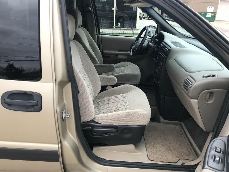 Chevrolet Venture 2005 price SOLD