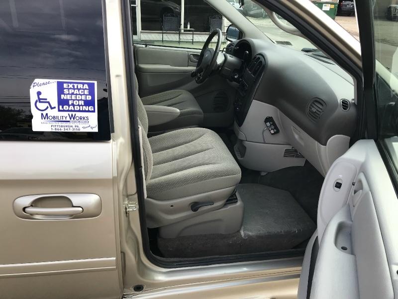 Dodge Grand Caravan 2005 price SOLD