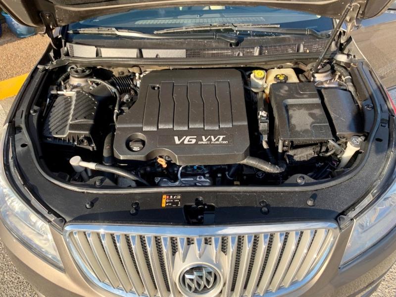 Buick LaCrosse 2011 price $1,400