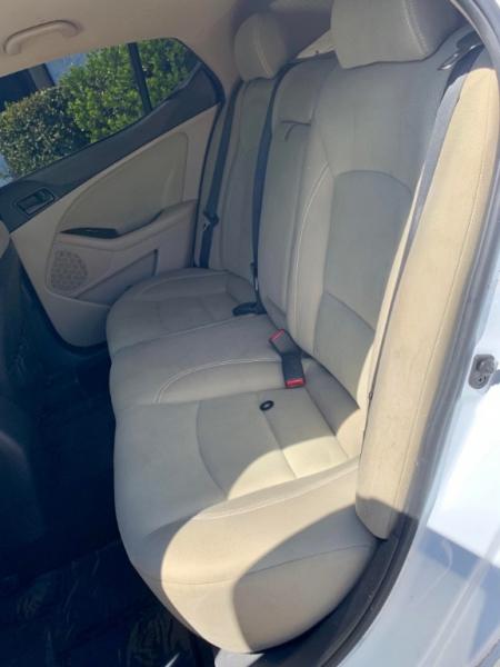 Kia Optima 2014 price $1,800