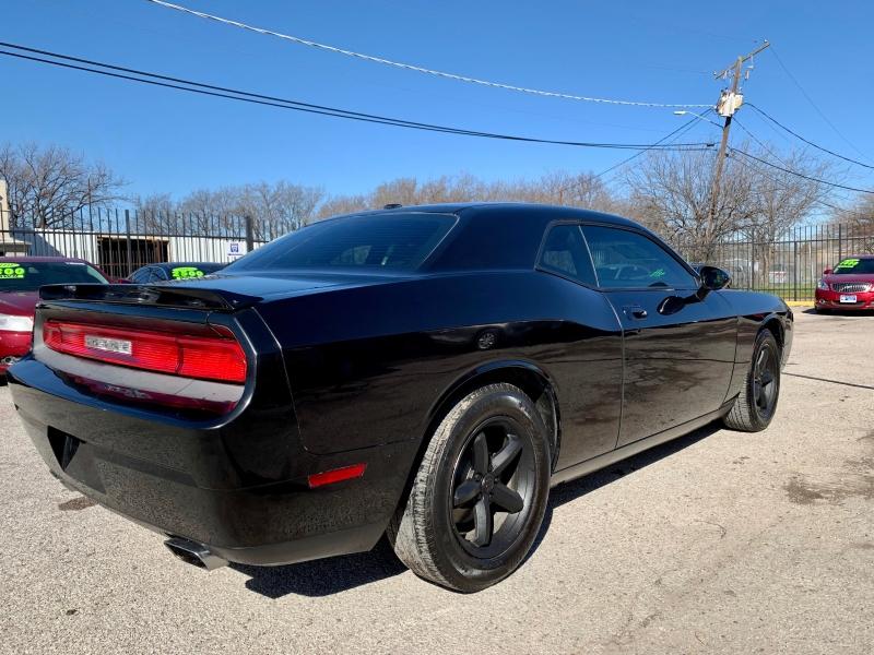 Dodge Challenger 2010 price $2,000 Down