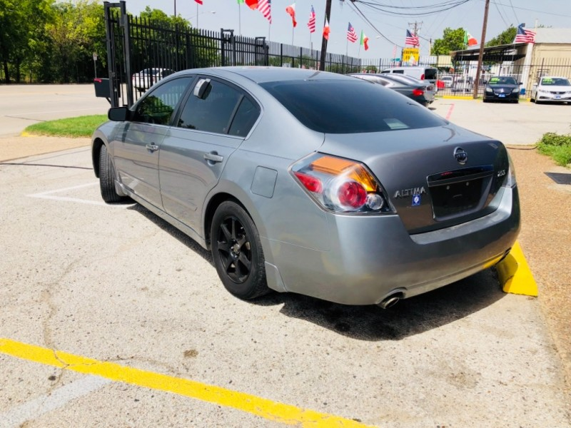 Nissan Altima 2008 price $999 Down