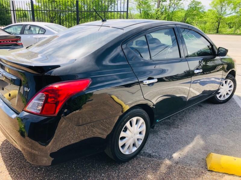 Nissan Versa Sedan 2018 price $1,400 Down