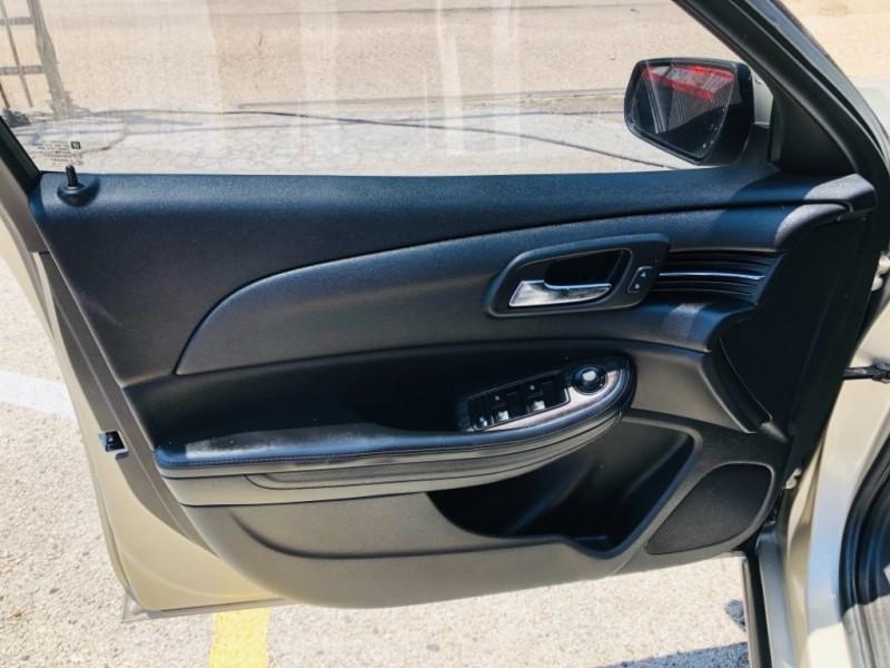 Chevrolet Malibu 2015 price $1,800