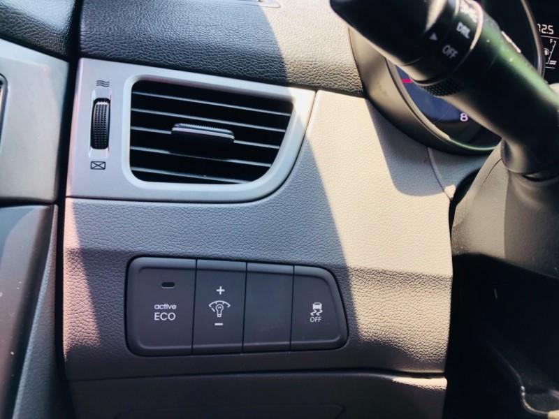 Hyundai Elantra 2015 price $1,700