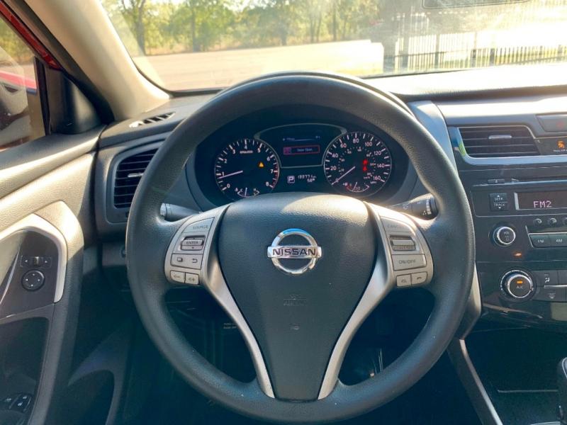 Nissan Altima 2014 price $1,200 Down