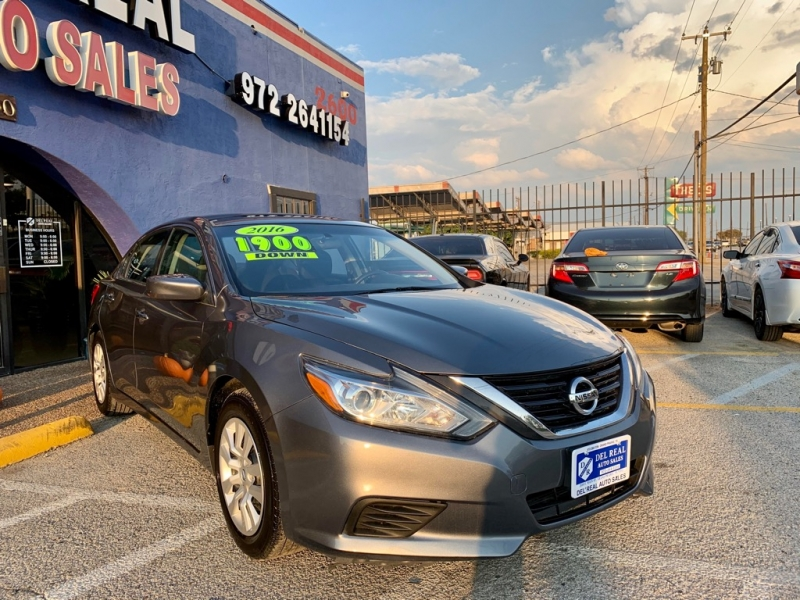 Nissan Altima 2016 price $1,900