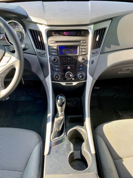 Hyundai Sonata 2014 price $1,600