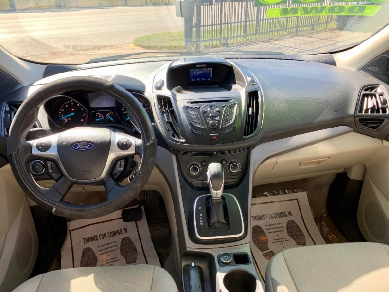 Ford Escape 2014 price $1,500 Down
