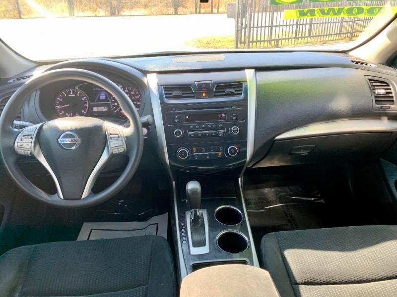 Nissan Altima 2014 price $1,500 Down